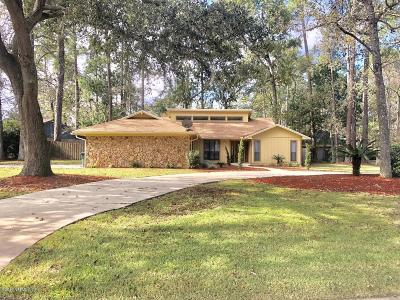 Duval County Single Family Home For Sale: 11520 Sedgemoore Dr N