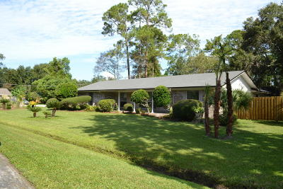 Fleming Island, Green Cove Spr, Jacksonville, Orange Park, Atlantic Beach, Fernandina Beach, Jacksonville Beach, Neptune Beach, Ponte Vedra, Ponte Vedra Beach, St Johns, Palm Valley, Vilano Beach Single Family Home For Sale: 1405 Kumquat Ln