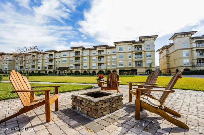 Jacksonville Beach Condo For Sale: 4300 S Beach Pkwy #UNIT 211