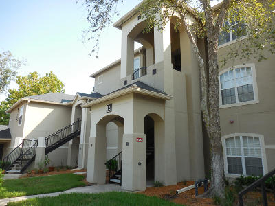 Jacksonville Beach Condo For Sale: 1701 The Greens Way #1222
