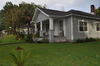 Single Family Home For Sale: 2846 Rosselle St