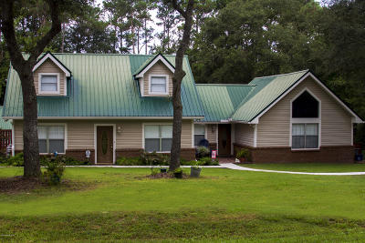 Middleburg Single Family Home For Sale: 2785 Camel Cir