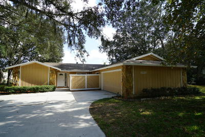 Neptune Beach Single Family Home For Sale: 1137 Hamlet Ln E