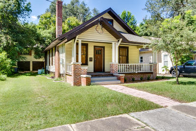 Single Family Home For Sale: 3567 Valencia Rd