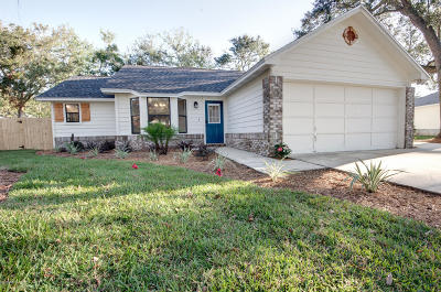 Fernandina Beach Single Family Home For Sale: 2146 Bonnie Oaks Dr