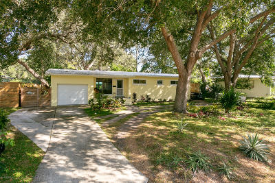 Single Family Home For Sale: 11 Madeira Dr