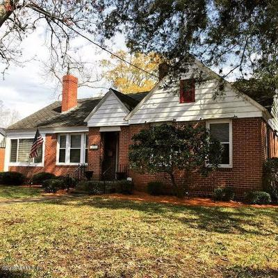 Jacksonville Single Family Home For Sale: 1035 S Shores Rd