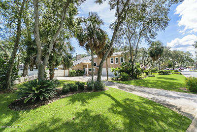 Neptune Beach Single Family Home For Sale: 1653 Windward Ln