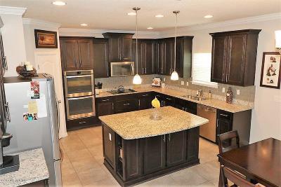 Bainebridge Estates Single Family Home For Sale: 15717 Basil Creek Ct