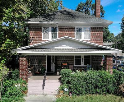 Riverside Single Family Home For Sale: 2579 Oak St