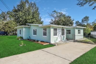 Jacksonville Single Family Home For Sale: 3737 Peach Dr
