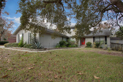 Orange Park Single Family Home For Sale: 902 Lakeridge Dr