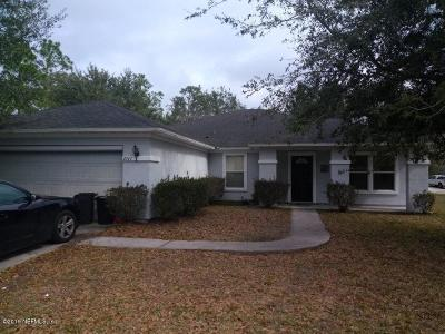 Jacksonville Single Family Home For Sale: 2347 Brian Lakes Dr E