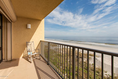 Jacksonville Beach Condo For Sale: 2200 Ocean Dr S #4B