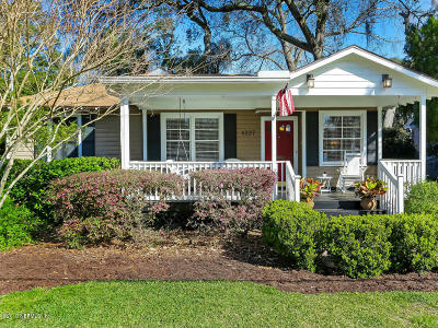 Single Family Home For Sale: 4227 Colonial Ave
