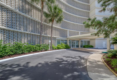 Jacksonville Beach Condo For Sale: 1601 Ocean Dr S #605