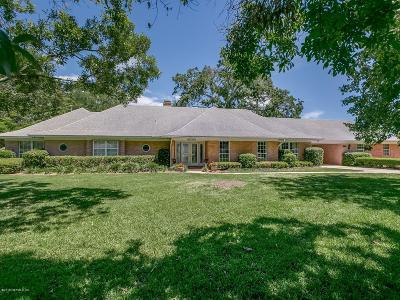 Jacksonville Single Family Home For Sale: 8165 Hollyridge Rd