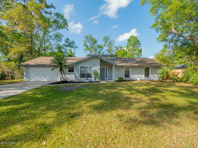 Single Family Home For Sale: 11647 Edgemere Dr