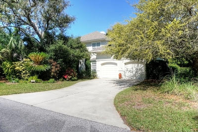Fernandina Beach Single Family Home For Sale: 1875 Ocean Village Dr