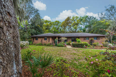 St Augustine Single Family Home For Sale: 704 Camelia Trl