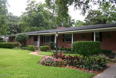 Single Family Home For Sale: 4808 Princess Anne Ln