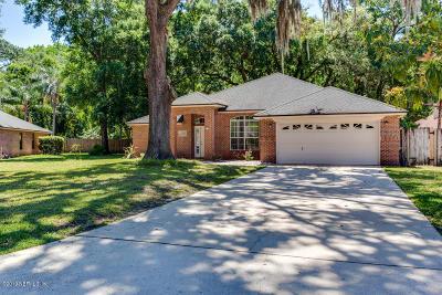 Jacksonville Single Family Home For Sale: 305 Ashwood Ct