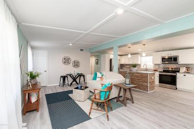 Atlantic Beach Single Family Home For Sale: 66 Forrestal Cir S