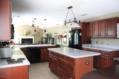Jacksonville Beach Single Family Home For Sale: 1754 Oakbreeze Ln