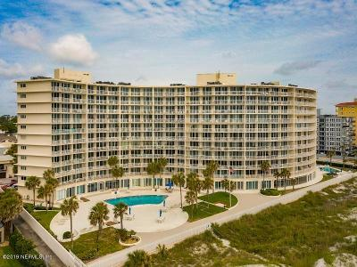 Jacksonville Beach Condo For Sale: 1601 Ocean Dr S #303