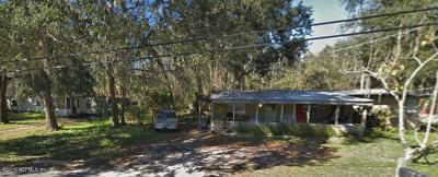 St. Johns County Single Family Home For Sale: 300 Lakeshore Dr