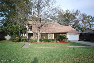 Orange Park Single Family Home For Sale: 2304 Stonebridge Dr