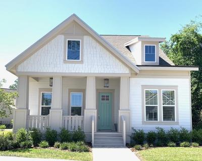 Fernandina Beach Single Family Home For Sale: 1548 Coastal Oaks Cir