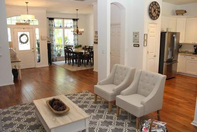 South Hampton Single Family Home For Sale: 903 Garrison Dr