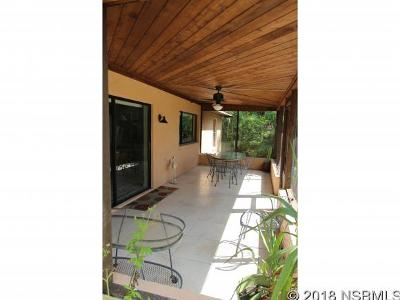 Edgewater Single Family Home For Sale: 116 Hibiscus Rd
