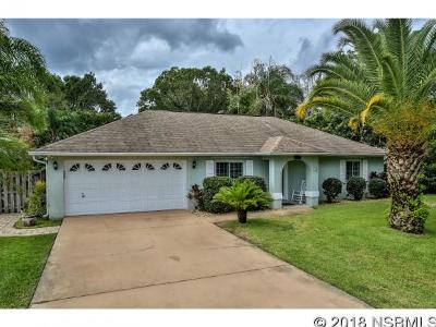 Edgewater Single Family Home Contingency: 2938 Yule Tree Dr