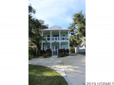 New Smyrna Beach Single Family Home For Sale: 518 Riverside Dr