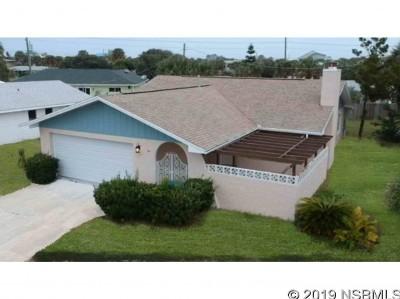 New Smyrna Beach Single Family Home For Sale: 5 Sand Dune Dr