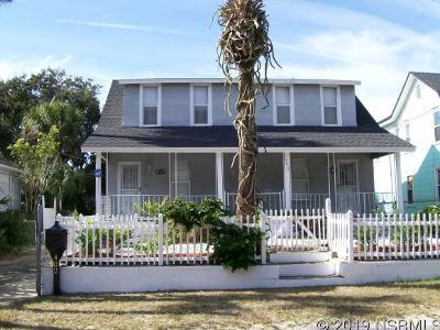 New Smyrna Beach Single Family Home For Sale: 402 Peninsula Ave