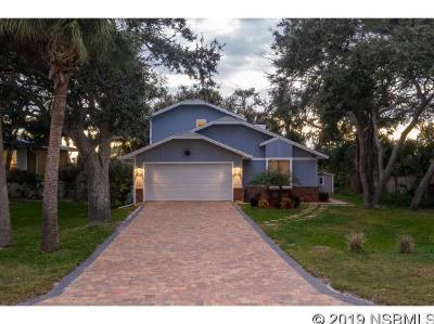 New Smyrna Beach Single Family Home For Sale: 4440 Saxon Dr