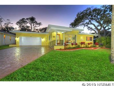 Port Orange Single Family Home For Sale: 4564 Halifax Dr