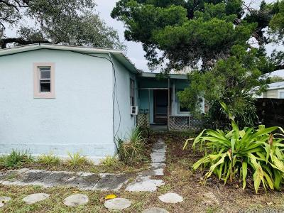 Edgewater Single Family Home For Sale: 135 Charles St