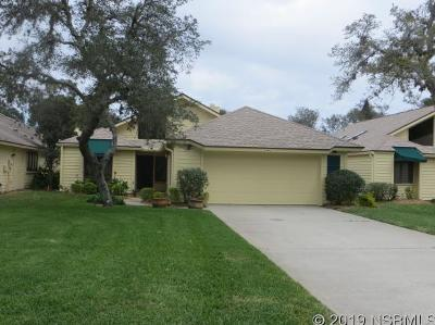 New Smyrna Beach Single Family Home For Sale: 624 Saint Andrews Cir