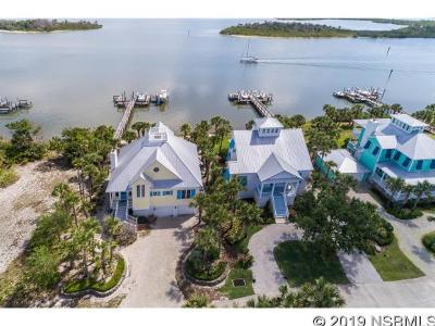 Oak Hill Single Family Home For Sale: 639 Riverside Landing Drive