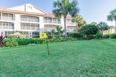 New Smyrna Beach Condo/Townhouse For Sale: 449 Bouchelle Drive #105