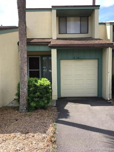 New Smyrna Beach Condo/Townhouse For Sale: 195 Club House Boulevard #195