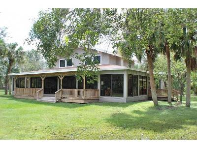Okeechobee County Single Family Home For Sale: 32801 Hwy 441 N, #51