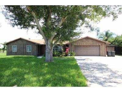 Okeechobee County Single Family Home For Sale: 2813 SE 19th Ct.