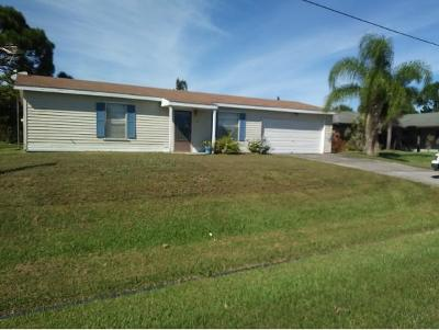 St. Lucie County Single Family Home For Sale: 781 NW Riverside Drive