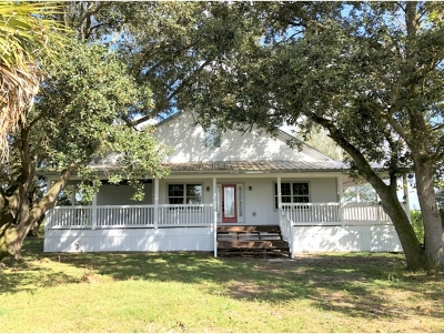 Okeechobee County Single Family Home For Sale: 939 160th Street