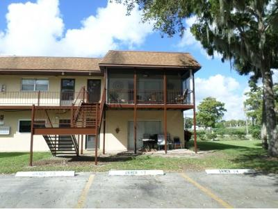 Okeechobee County Single Family Home For Sale: 3124 Us Highway 441 SE Apt I-8 #I-8